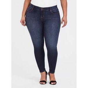 Torrid Dark Wash Bombshell Tall Skinny Jeans